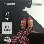Pantalon Uniqlo + sandales Oyshi + vernis Essie - App Instawheater